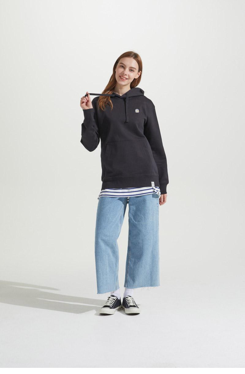 헤지스(HAZZYS) [남여공용] 블랙 스몰로고 베이직 후드 티셔츠