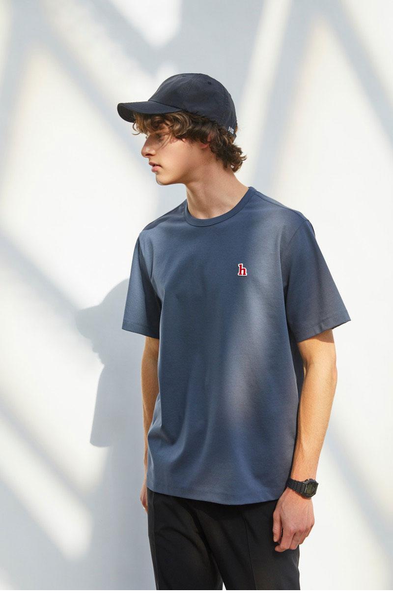 헤지스(HAZZYS) [HIS] 에버쿨 수피마 다크 그레이 스탠다드핏 티셔츠 HZTS1B801G3
